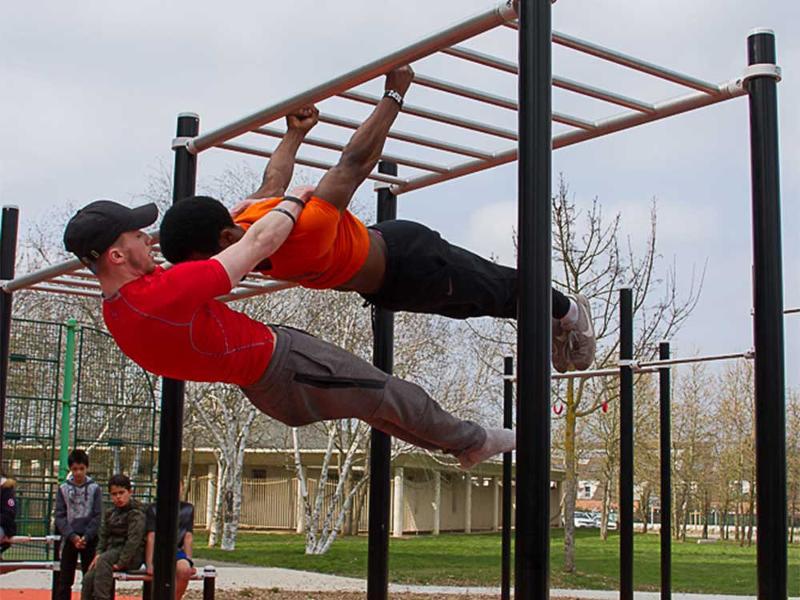 STREET WORKOUT  - Gymnastique et musculation en plein air