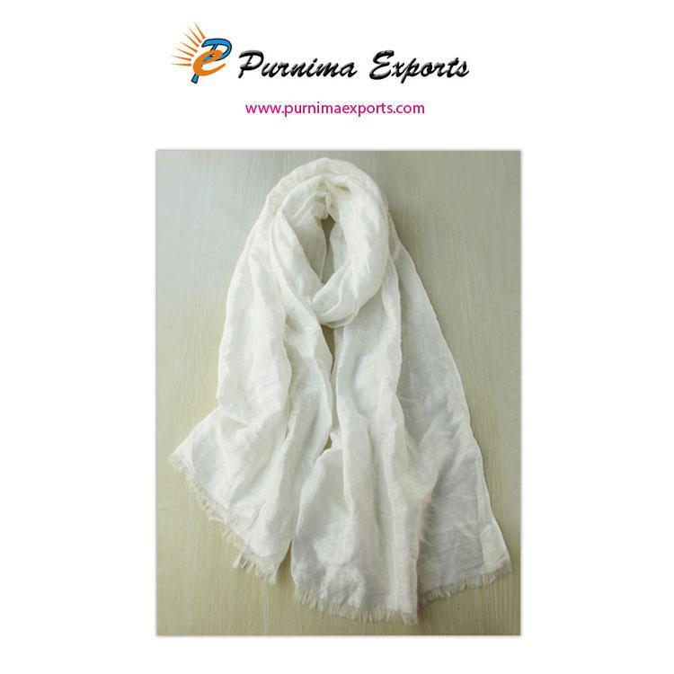 Foulard en soie et lin blanc  -