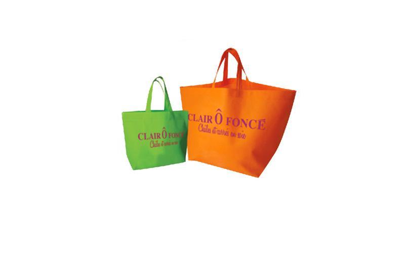 Fabricant de sac non tissé  - sac packaging non tissé  Spunbond 100% polypropylène
