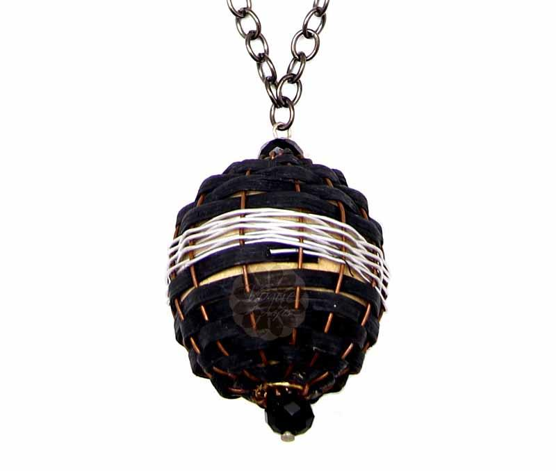 Black Big Bead Pendant -