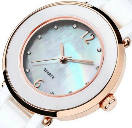 Ladies ceramic watch with English model