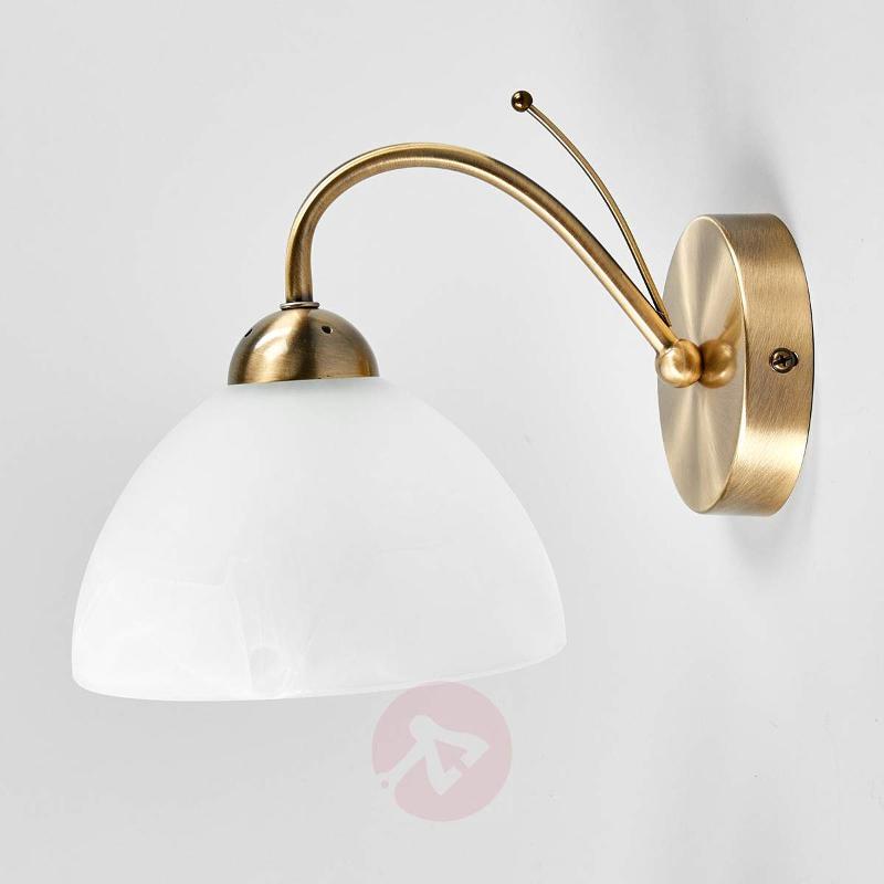 discreet Milanese wall light, antique brass - Wall Lights