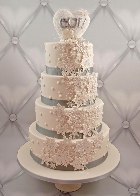 Gâteaux et Pièces Montées sur-mesure - Cascade de flocons