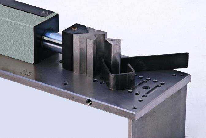 Mobi-Bieger - Horizontalbiegemaschine, Presse mit 10T, Flacheisen biegen, Rundmaterial Biegen