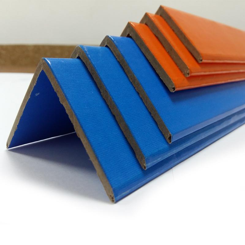 картонный уголок с печатю