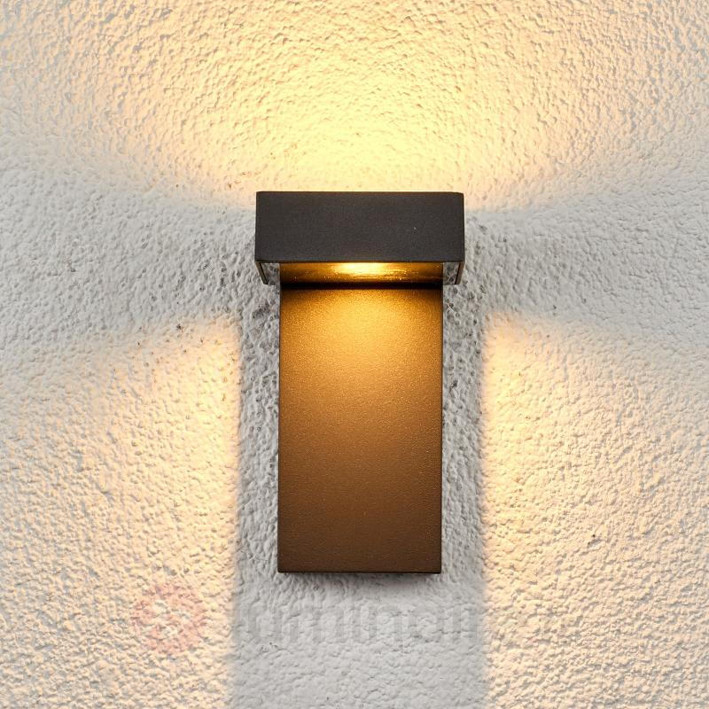 Applique extérieure LED à 2 têtes Toska - Appliques d'extérieur LED
