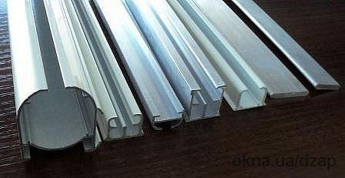 Алюминиевый профиль для карнизов