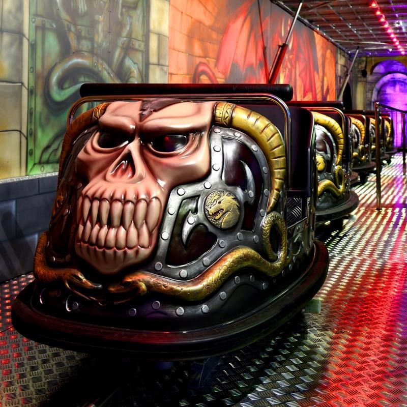 2 PASSENGERS - Dark Ride