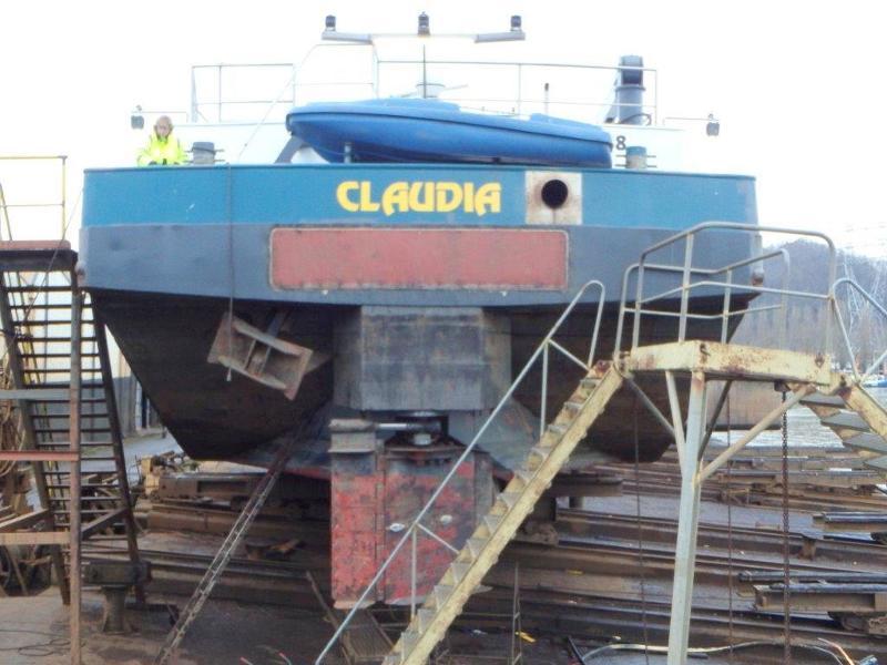 RÉPARATION ET ENTRETIEN PÉNICHE - Service pour bateaux - Europe