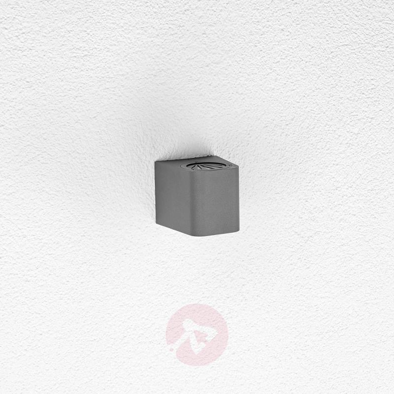 LED outdoor wall light Karsten - outdoor-led-lights