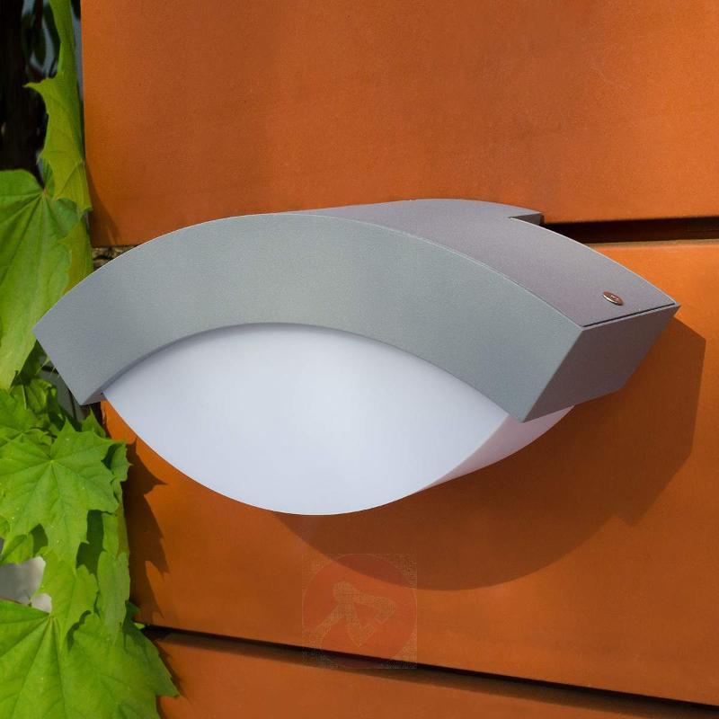 Zuri exterior wall light, silver - Outdoor Wall Lights
