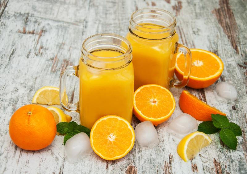 AROMATIC INGREDIENTS - Concentrated fruit juice