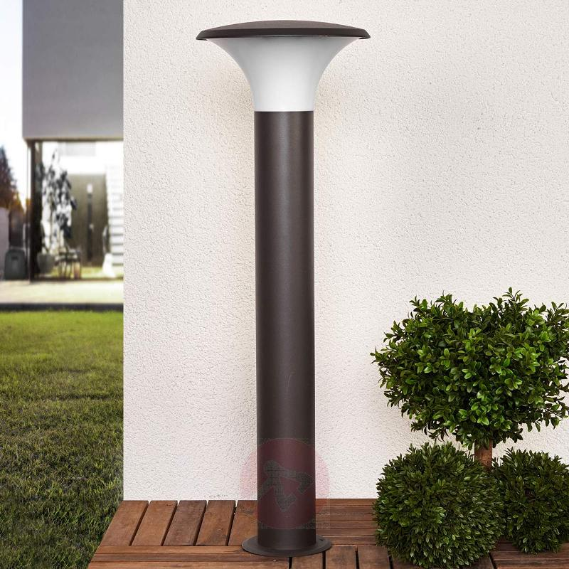 Modern-looking Berina aluminium path light - Path and Bollard Lights