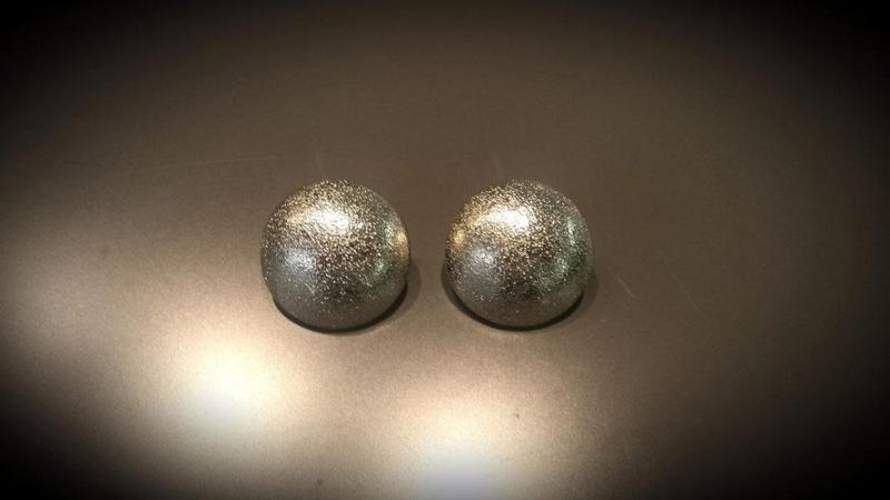 Orecchini bijoux a perno, a clip e con pendenti - null