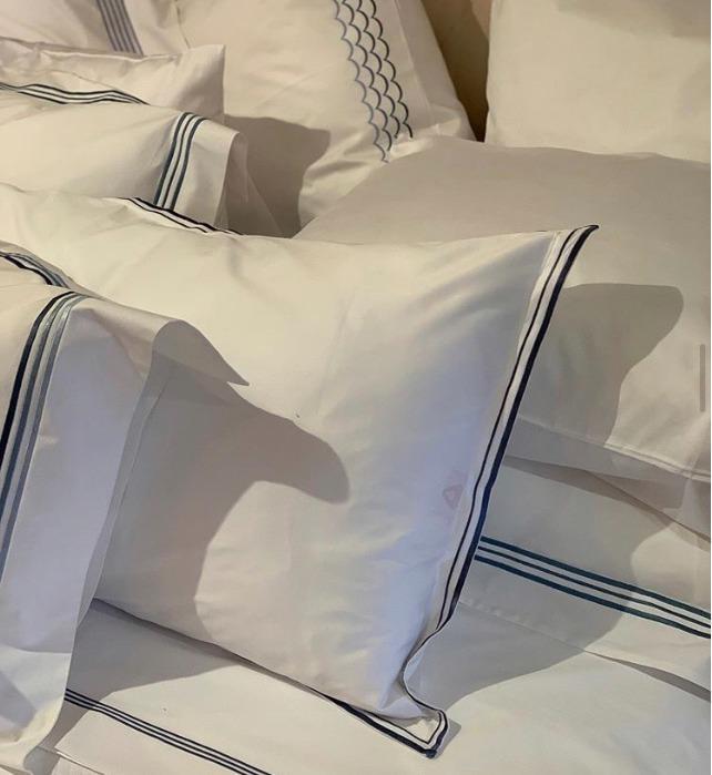 Подушки и наволочки - pillows