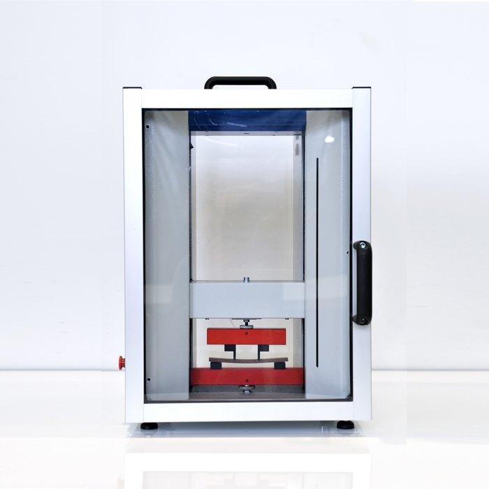 Universal Testing Machine Model 110 - Material and Component Testing Machine