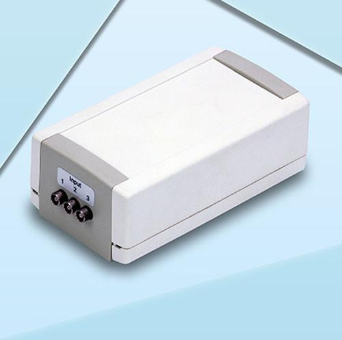 Anschlussmodul - MiniFEB - Mini Front End Board, ermöglicht den Betrieb von 3 Sensoren gleichzeitig