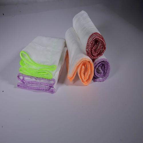 White crocheted wiping cloth - 100% cotton absorbent skim gauze, after degreasing bleaching, high temperature d