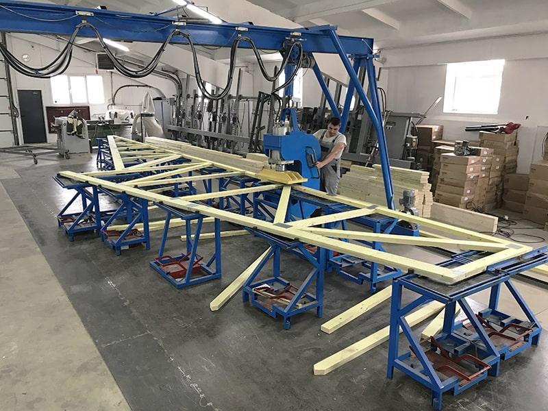 Производство стропильные фермы MiTek (Сертификат CE) - Roof trusses MiTek production