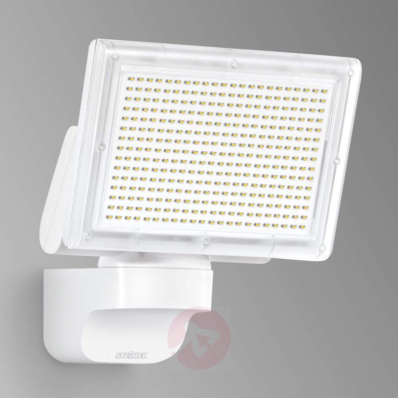 XLED Home 3 SL - LED outdoor wall light, white - outdoor-led-lights