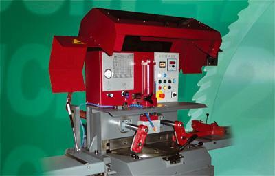 Tronçonneuse semi - auto hydraulique - UCM 425