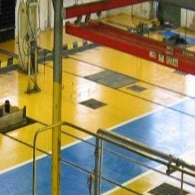 Revêtement de sol industriel semi-épais