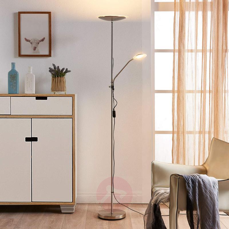 Discreet LED floor lamp Ela with reading arm - indoor-lighting