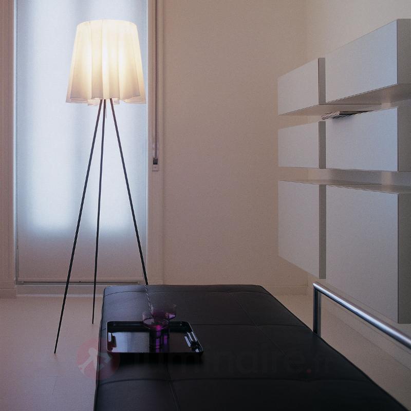 Lampadaire ROSY ANGELIS avec armature argentée - Lampadaires design