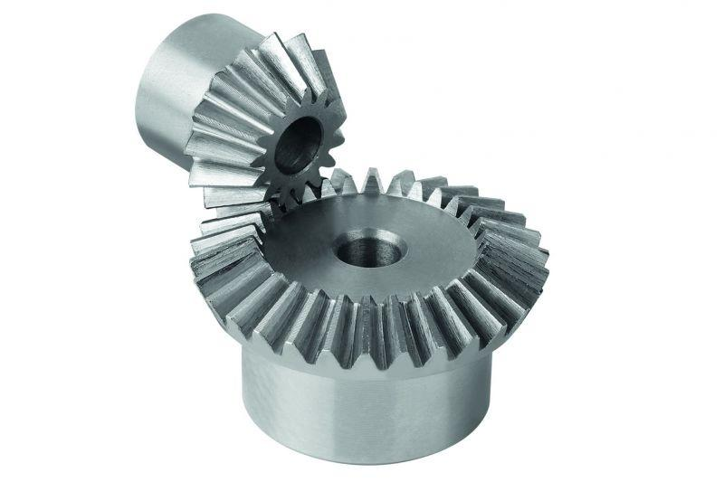 Bevel gears - Bevel gears in steel. Toothing milled, straight teeth, engagement angle 20°.