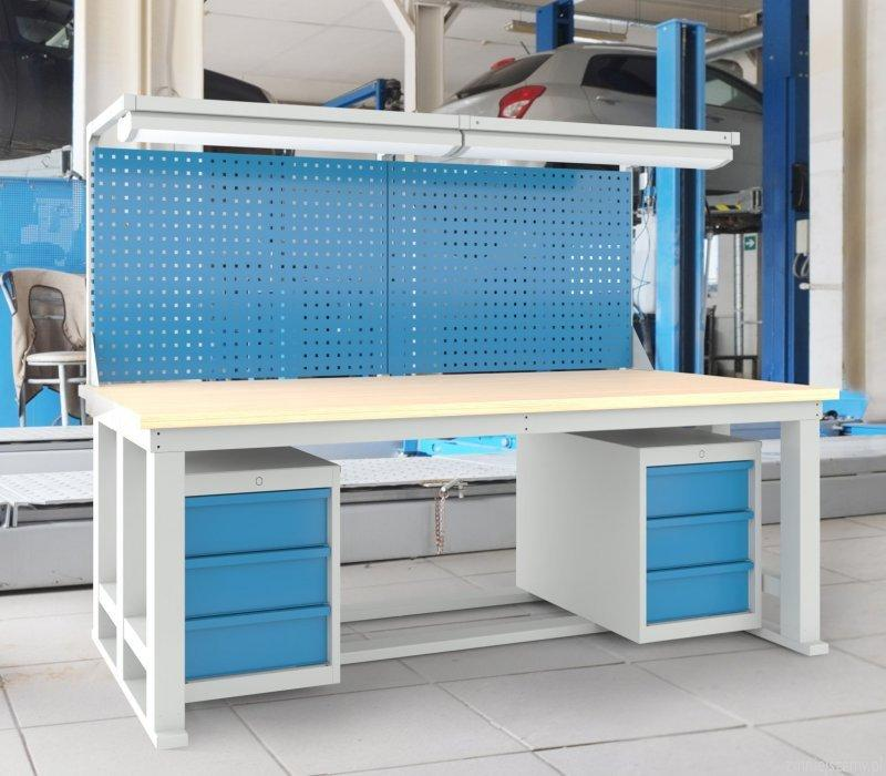 ADJUSTABLE WORKBENCHES - Techmove workbenches with electrically adjusted height of the countertop.