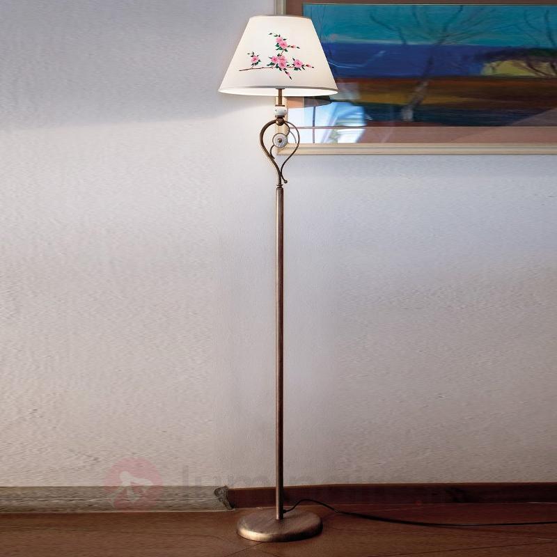 Lampadaire Francesca avec abat-jour en soie - Lampadaires rustiques