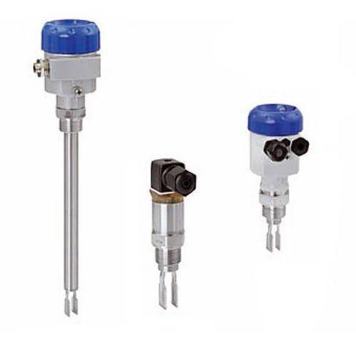OPTISWITCH 4000 | 5000 series - Détecteur de niveau à lames vibrantes / pour liquide / fileté