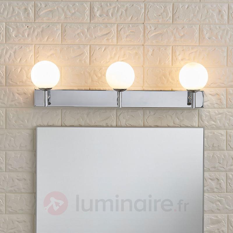 Applique à LED à trois lampes Florijon, IP44 - Salle de bains et miroirs