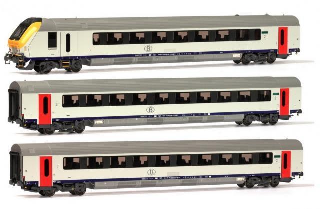 Modelisme Trains - 3 VOITURES I11 PILOTE ET 2 X 2CLASSE SNCB