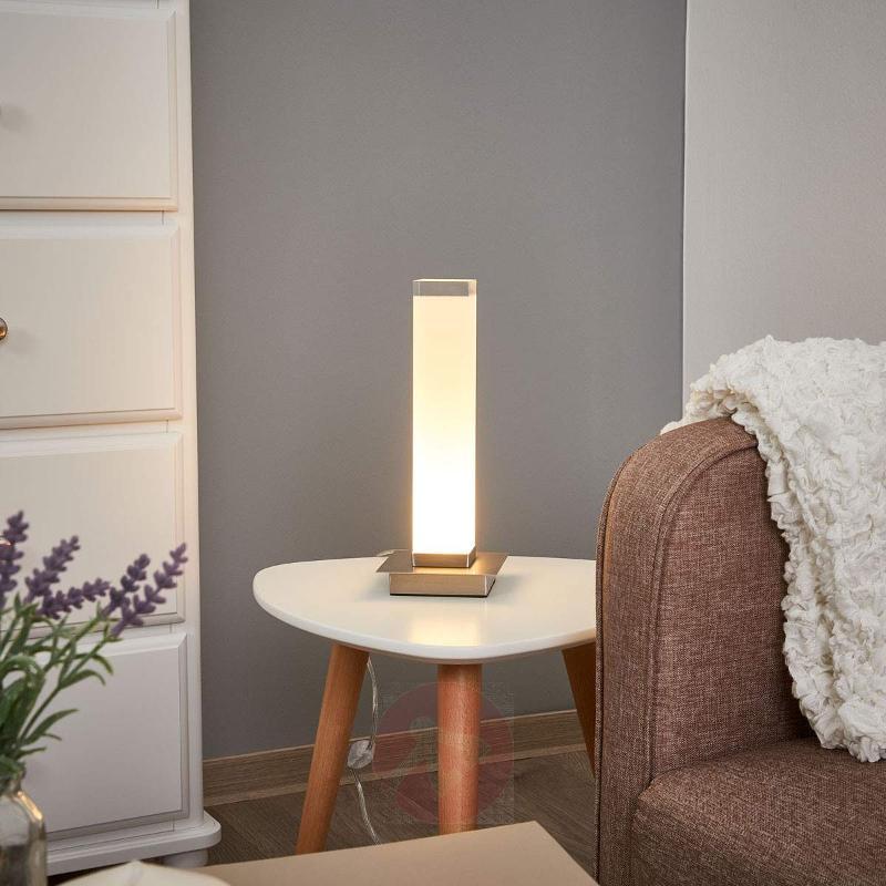 Pillar shaped shade - LED table lamp Forma - Window Sill Lights