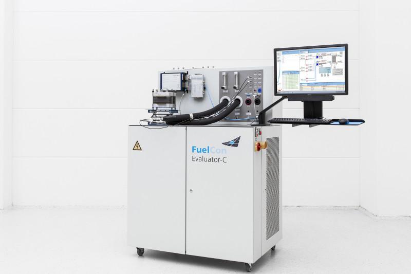 Einzelzellenprüfstand PEM-Brennstoffzelle bis 100 W - Prüfstand für das Testen von PEM-Komponenten sowie Einzelzellen bis 100 W