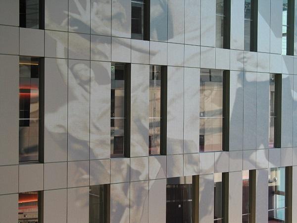HPL Kompaktplatten als Fassadenverkleidung