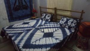 Kantha tye dye bed cover  - Bedsheet