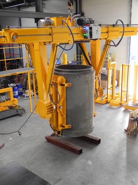 Demoulding and tilting vacuum lifter - Precast concrete