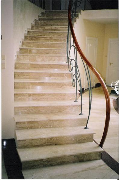 Treppen -  auf Anfrage Granit, Marmor, Sandstein, Schiefer, Kalkstein, Travertin
