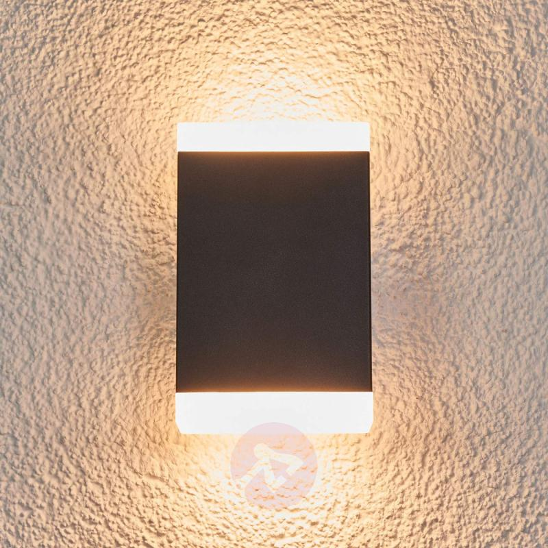Timeless LED wall light Aya for outdoors - IP44 - outdoor-led-lights