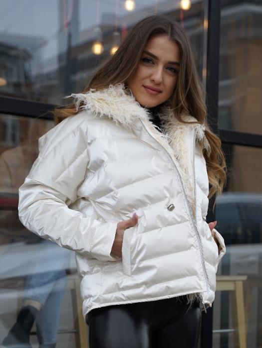 WOMEN'S JACKETS - Pearl color one size women's winter parka jacket with faux fur trim