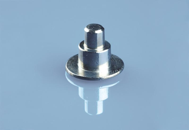 Stepped rivet - Cold forming