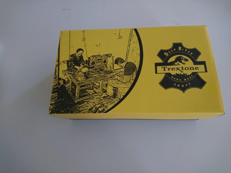 κουτιά παπουτσιών - Κουτιά παπουτσιών από κυματοειδές χαρτόνι και εκτύπωση όφσετ