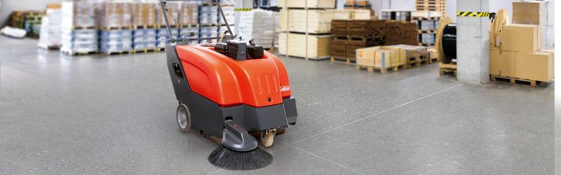 Sweepmaster 650 - Walk-behind vacuum sweeper for small to medium-sized areas