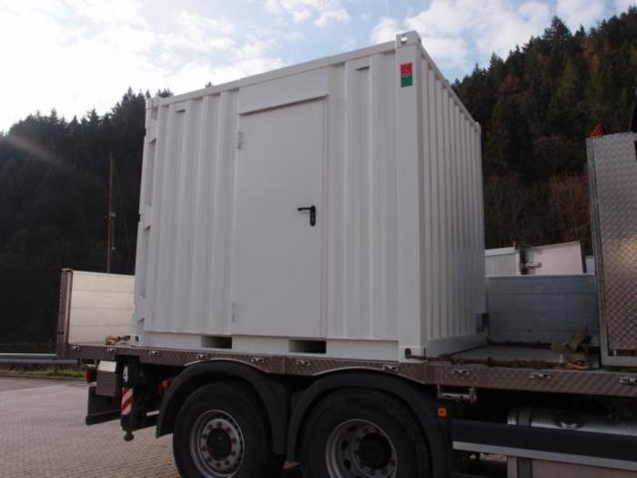 1300 kVA+ 300 kVA - null