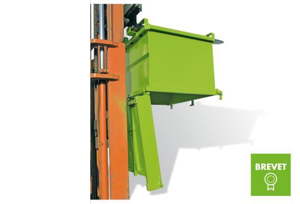 Benne à fond ouvrant avec sécurité dans cages à talon - Bennes de manutention