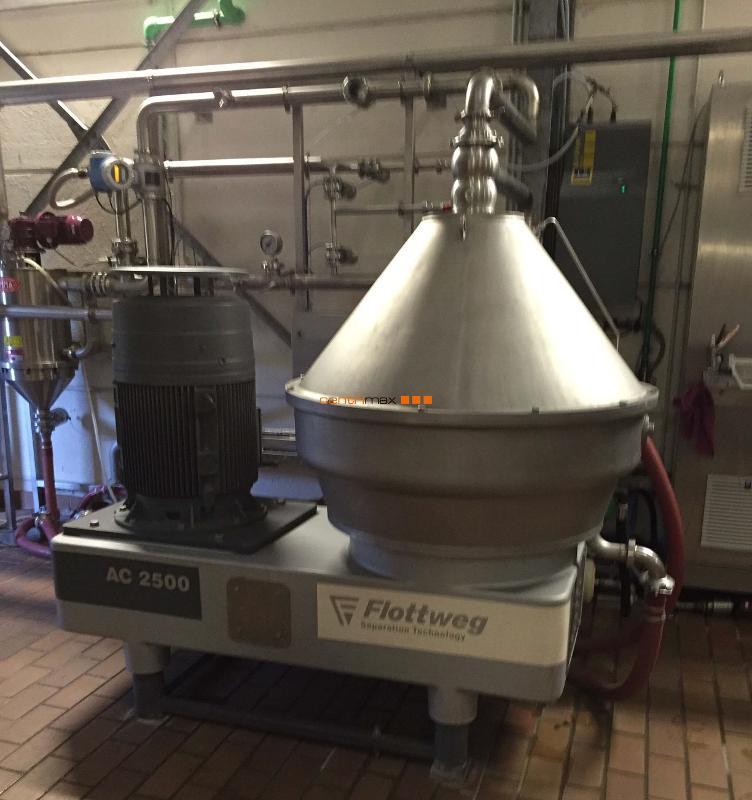 Flottweg Self-cleaning disc centrifuge - AC 2500
