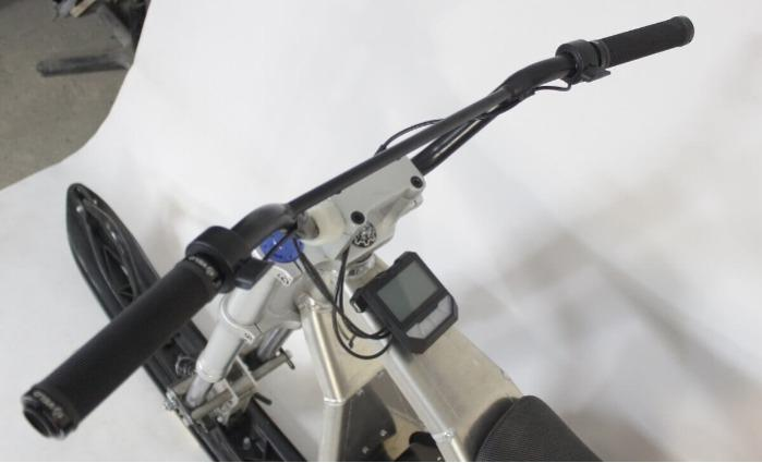 "Elektrisches Schneemobil ""Sniejik Sport"". - Faltbares leichtes elektrisches Schneemobil für Hobby und Beruf "" Sniejik Sport"""