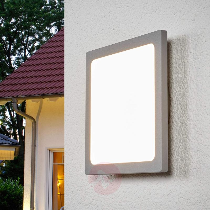 LED outdoor ceiling lamp Mabella, motion detector - outdoor-led-lights